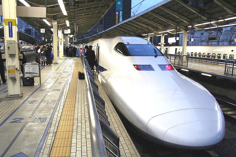 800px Shinkansen Nozomi in Tokyo